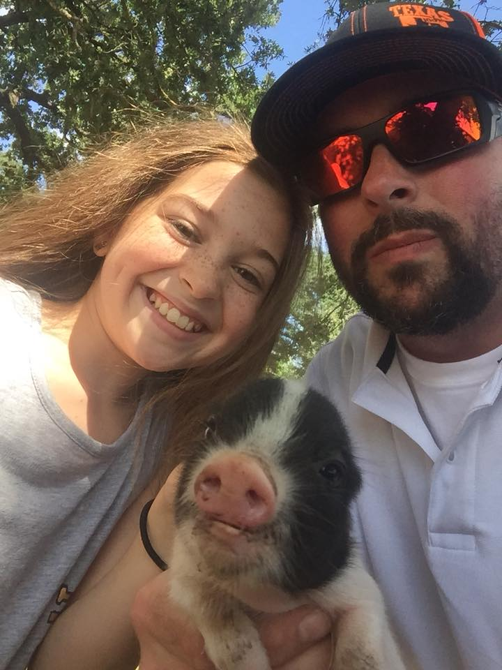 Photo Taken by Michael Bacon – Selfi with Pig